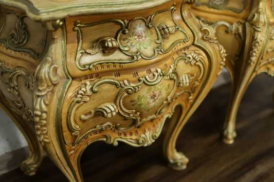 Pair of vintage bedside tables - photo 5