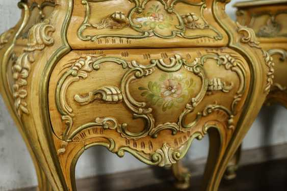 Pair of vintage bedside tables - photo 8