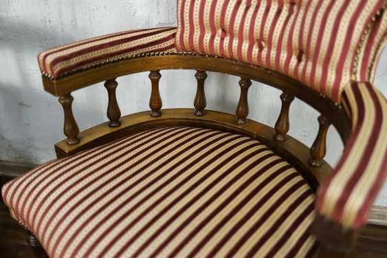 Pair of antique armchairs - photo 4
