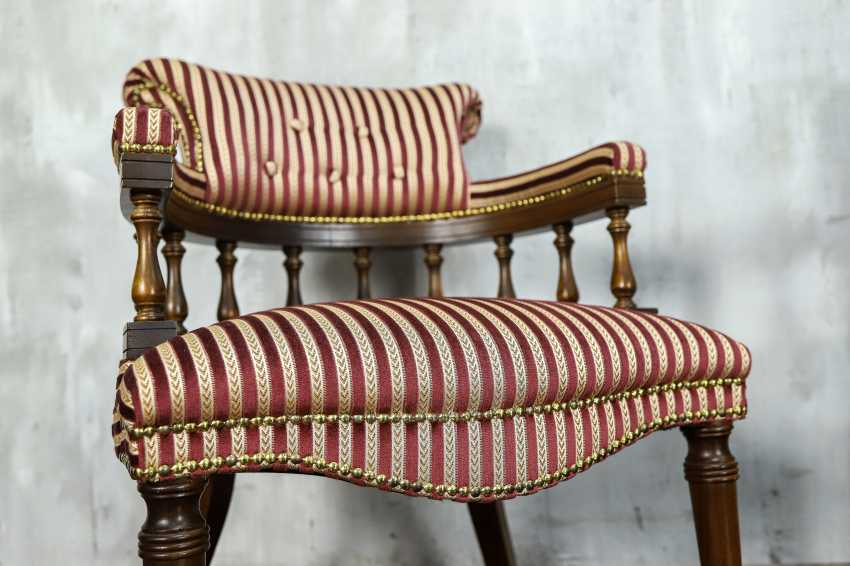 Pair of antique armchairs - photo 5