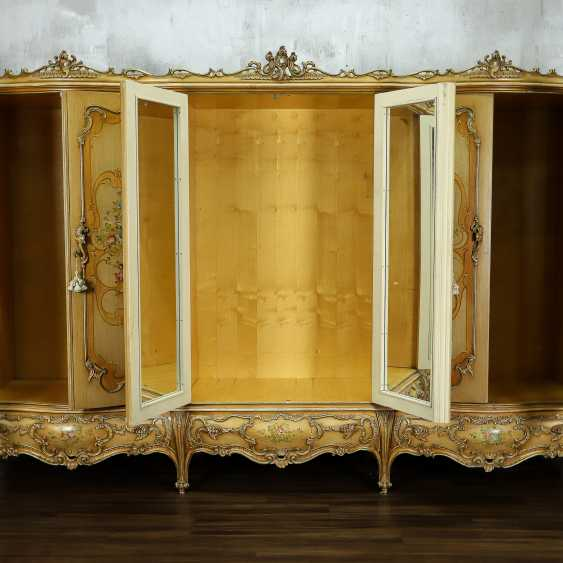 Antique six door wardrobe - photo 3