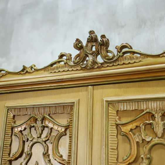 Antique six door wardrobe - photo 5