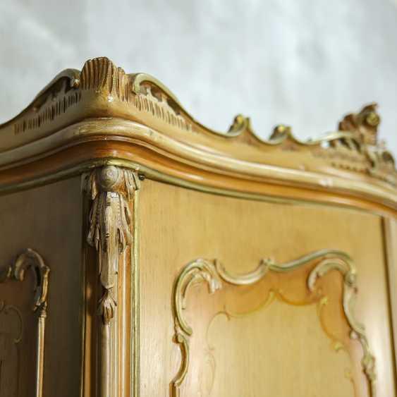 Antique six door wardrobe - photo 6
