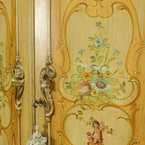 Antique six door wardrobe - photo 10