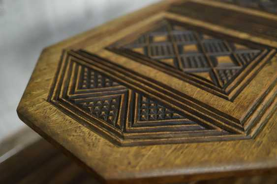 Antique carved side table - photo 4