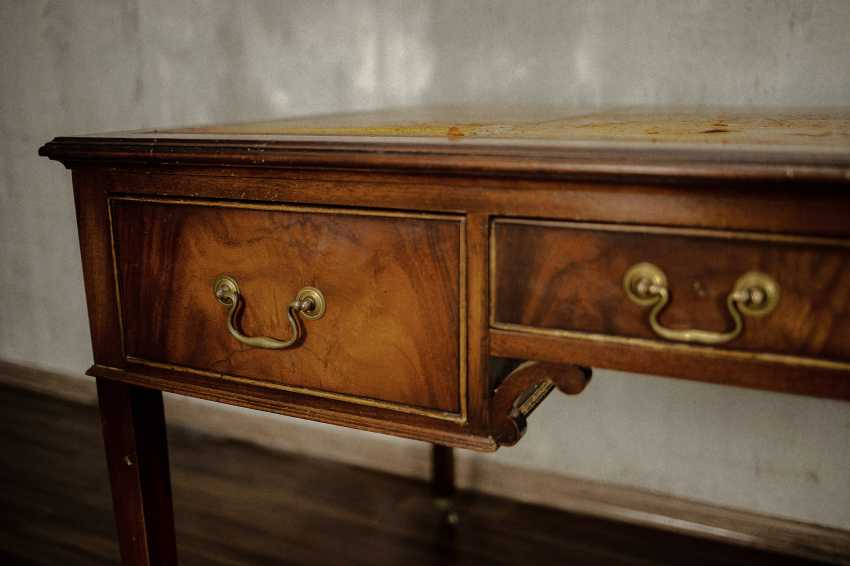 Antique writing desk - photo 4