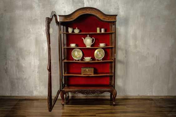 Antique carved showcase - photo 7