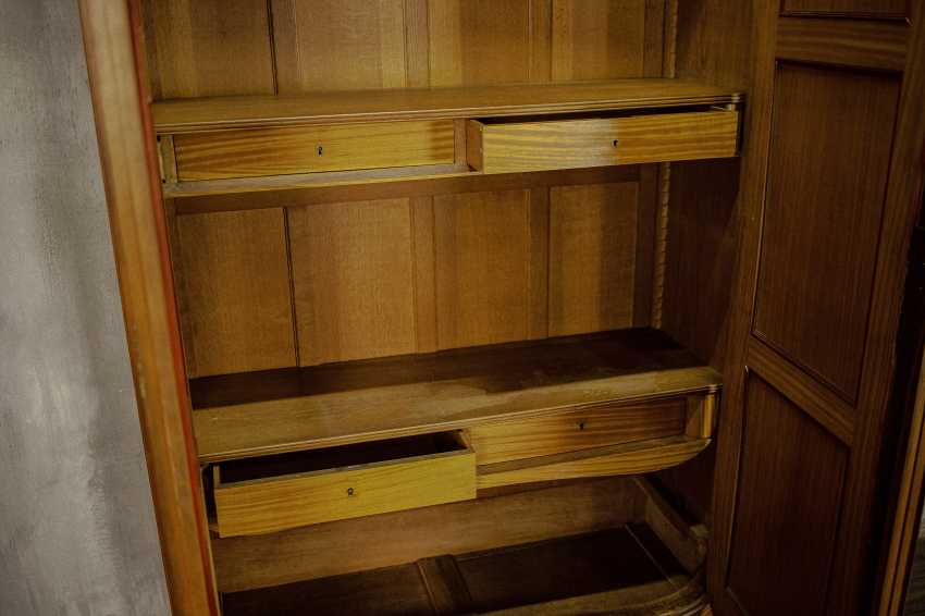 Antique double wardrobe - photo 3