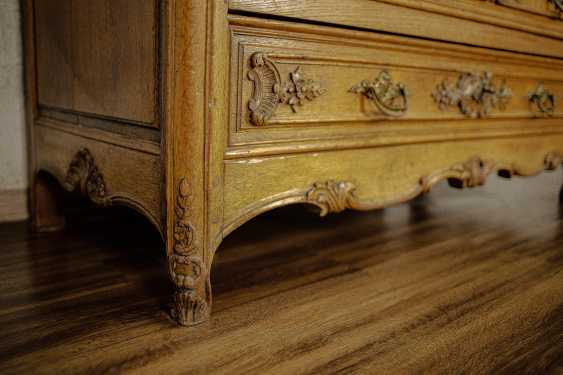 Antique carved chest of drawers - photo 5