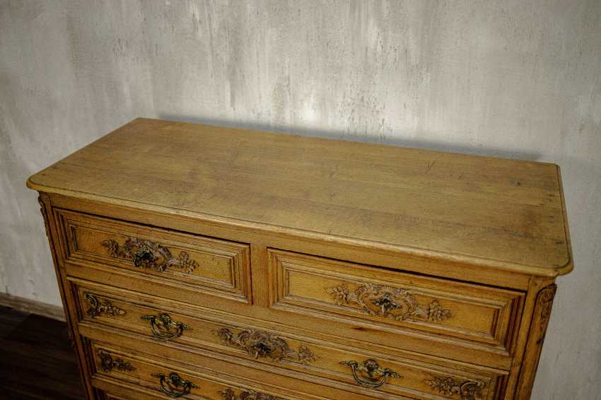 Antique carved chest of drawers - photo 7