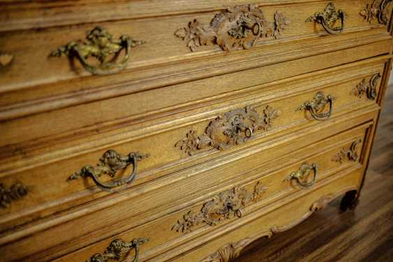 Antique carved chest of drawers - photo 8