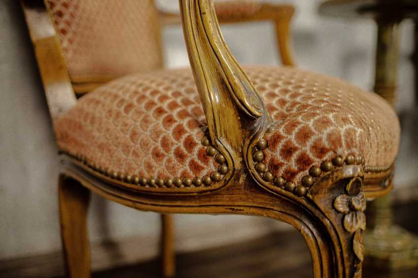 Pair of antique carved armchairs - photo 6