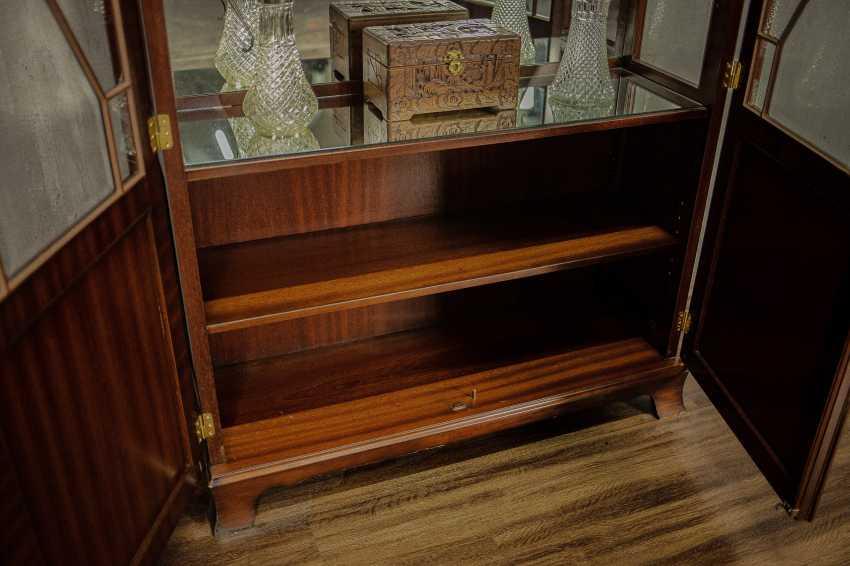 Antique showcase - photo 4