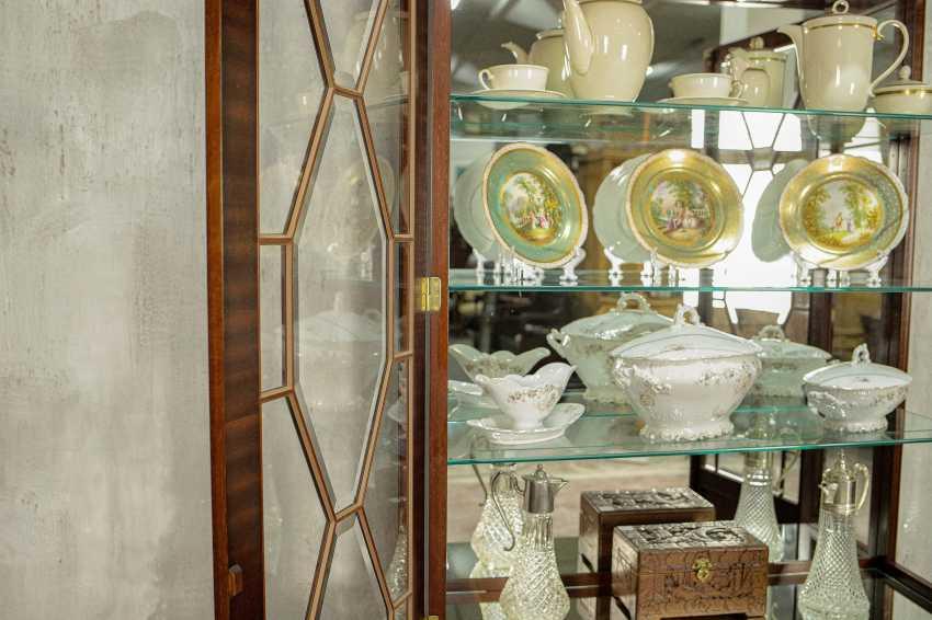 Antique showcase - photo 9
