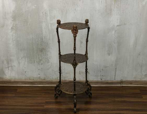 Antique wrought iron table - photo 1