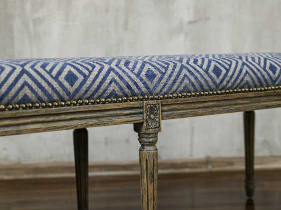 Antique carved bench - photo 4