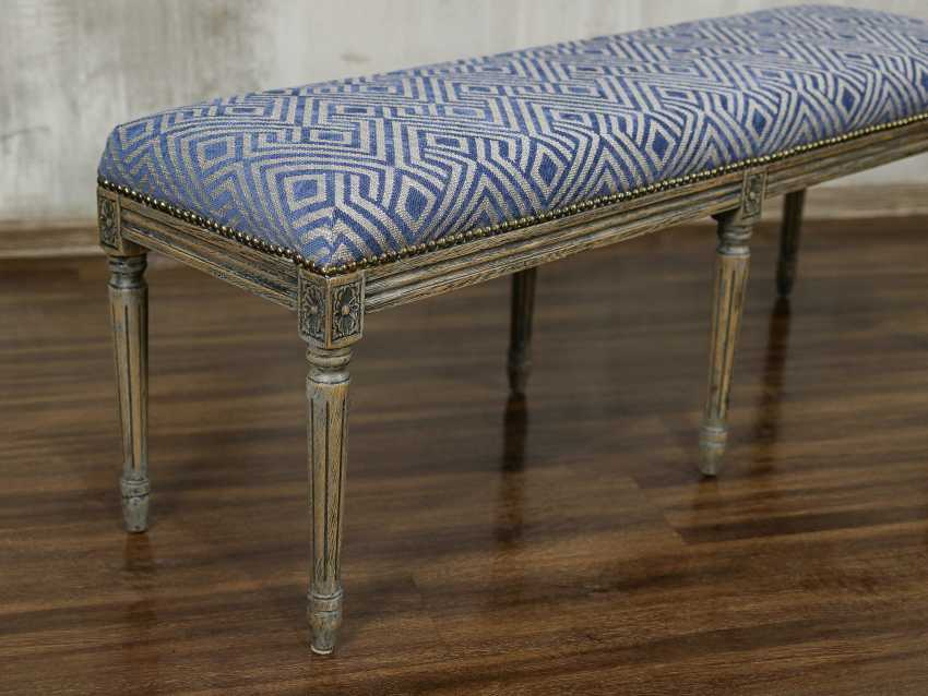 Antique carved bench - photo 5