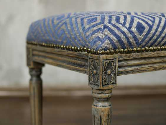 Antique carved bench - photo 7