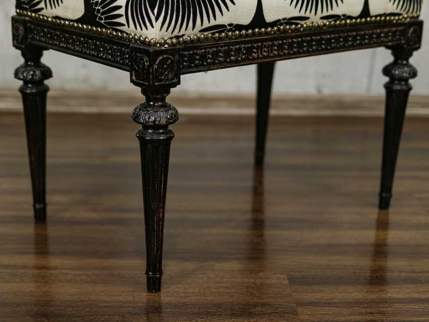 Antique carved bench - photo 3