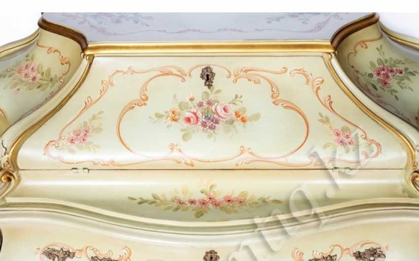 Chest of drawers-the secretaire is in the style of neo-Rococo - photo 2