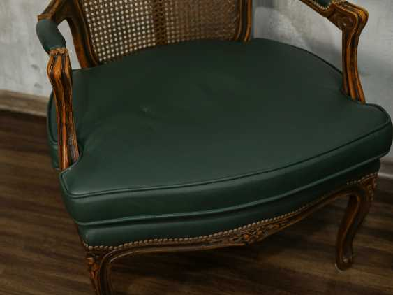Pair of antique carved armchairs - photo 8