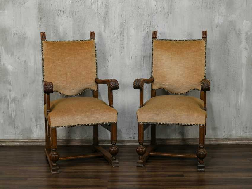 Pair of antique carved armchairs - photo 1