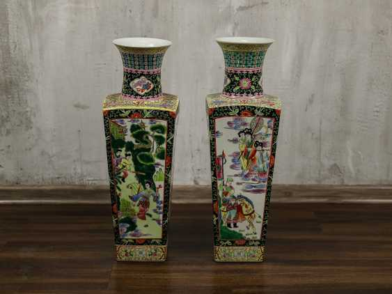 Antique paired floor vases - photo 2