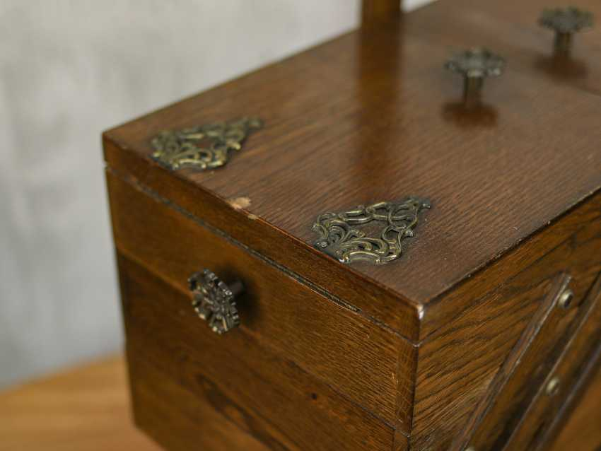 Antique 3-tiered box - photo 6