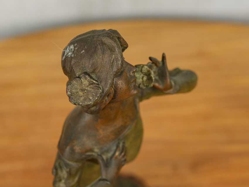 "Antique statuette ""Girl with a flower"" - photo 9"