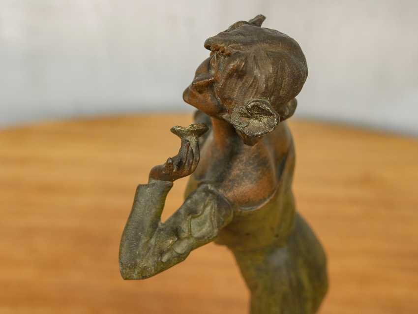 "Antique statuette ""Girl with a flower"" - photo 10"