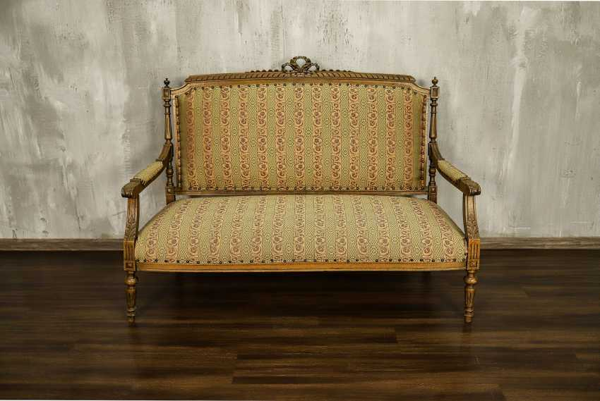 Antique carved sofa - photo 1