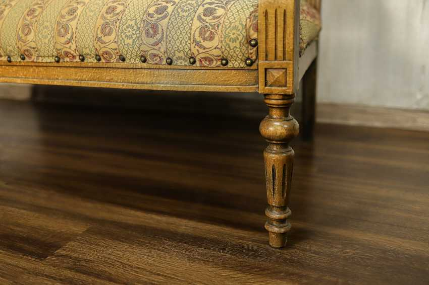 Antique carved sofa - photo 4