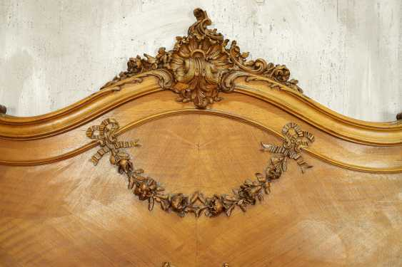 Antique bed - photo 9