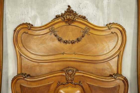 Antique bed - photo 10