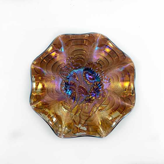 "Serving plate ""Pansy"". USA, Imperial, carnival glass, handmade, 1906-1920 - photo 1"