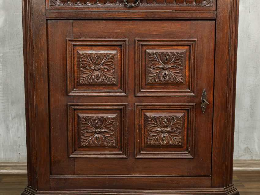 Antique Oak Corner Cabinet - photo 9