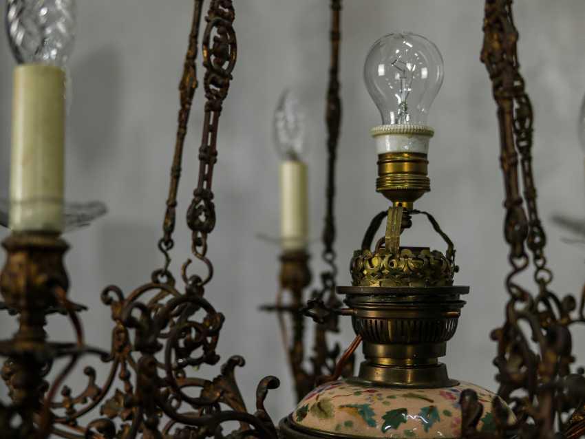 Antique chandelier - photo 5