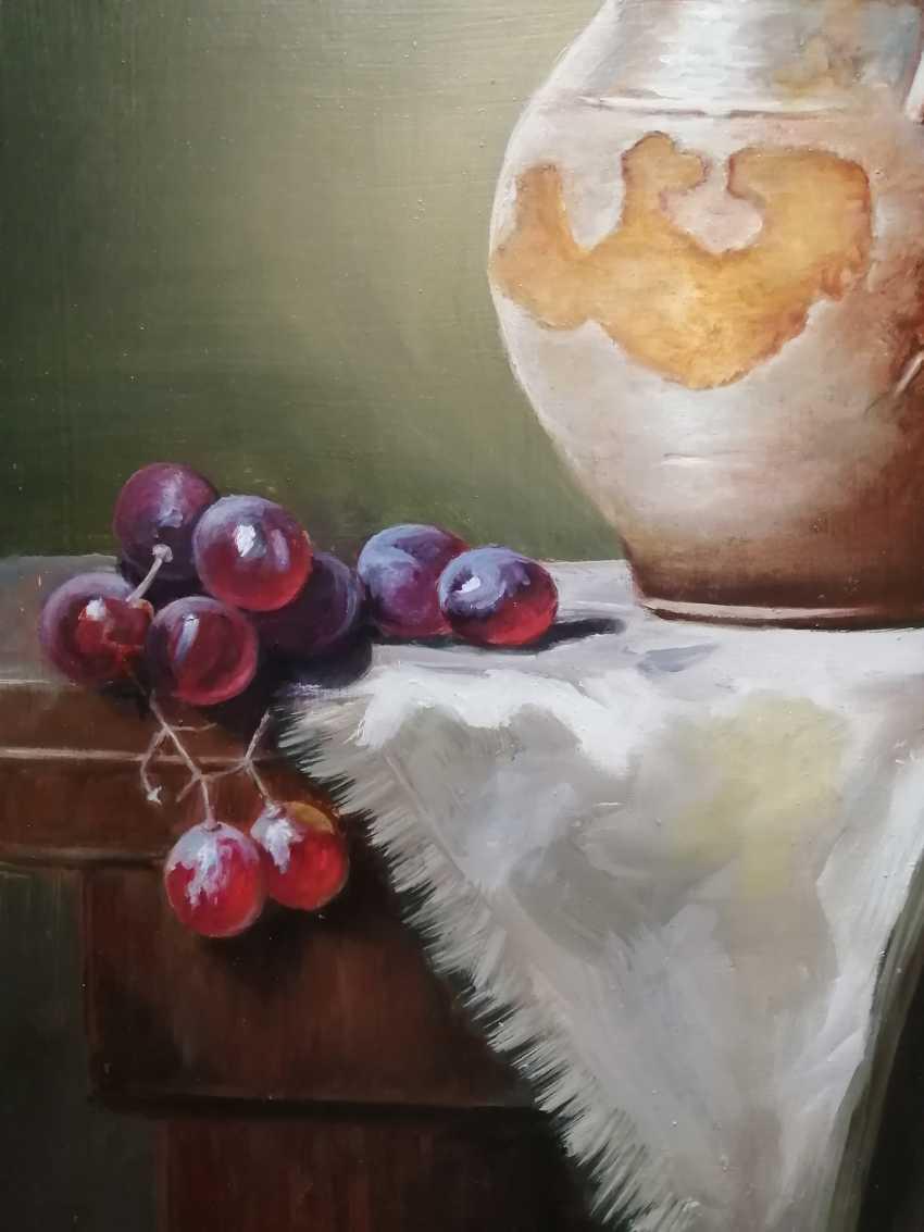 """Natalya Parshina. """"Still life with a jug and grapes"""" - photo 2"""