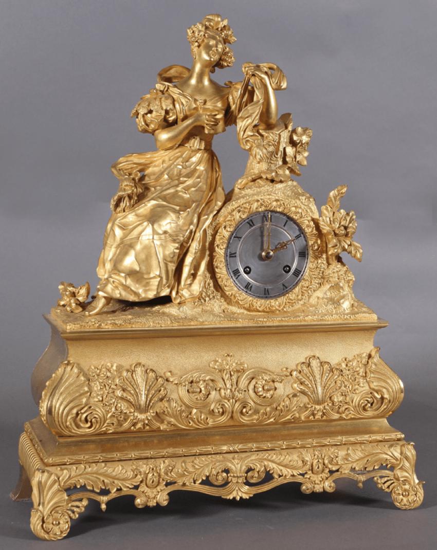 Часы каминные.Франция, начало XIX века, бронза, - фото 1