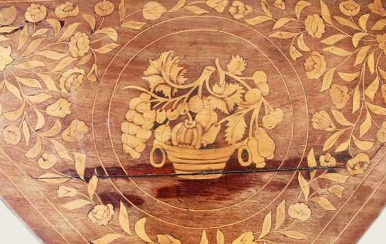 """""""Dutch Marquetry 1730"""" - photo 4"""