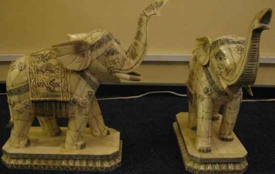 Les éléphants, ivoire, du XXE siècle - photo 1