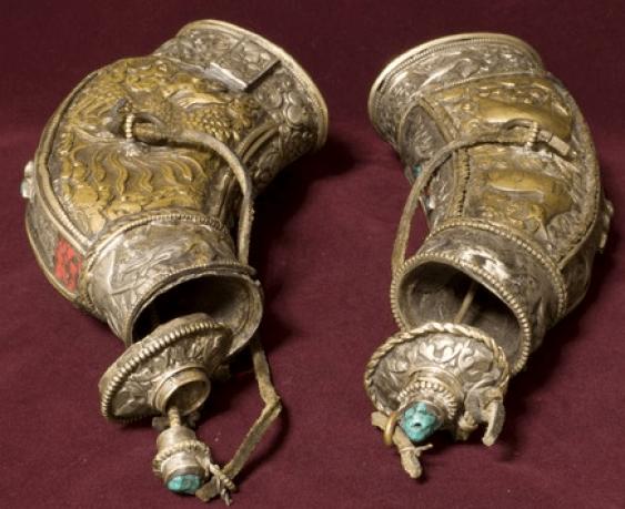 Powder flasks 2 pieces, 19th century - photo 3