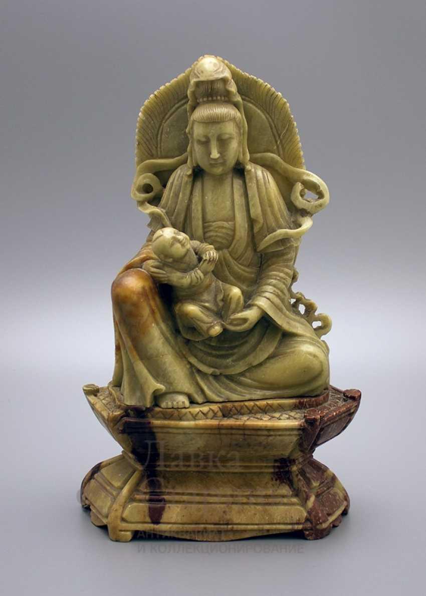 Buddhist statue, soapstone - photo 1