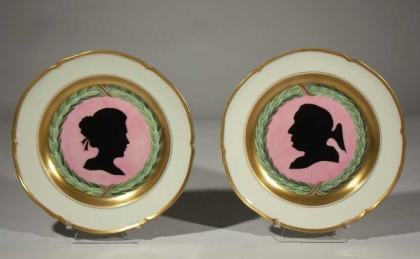 Pair of KPM plates 19th century - photo 1