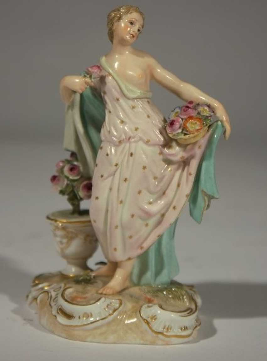 """Meissen """"Lady with flowers-19th century - photo 1"""