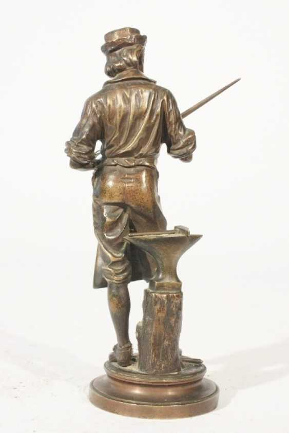 Bronze figure of A M Henry - photo 2