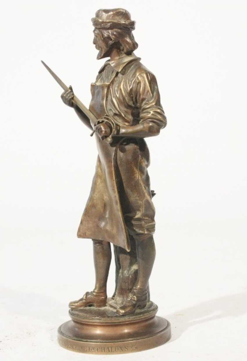 Bronze figure of A M Henry - photo 4