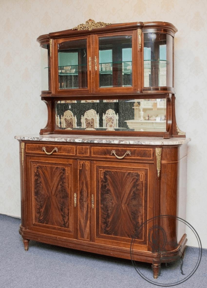 Antique cupboard XIX - photo 1