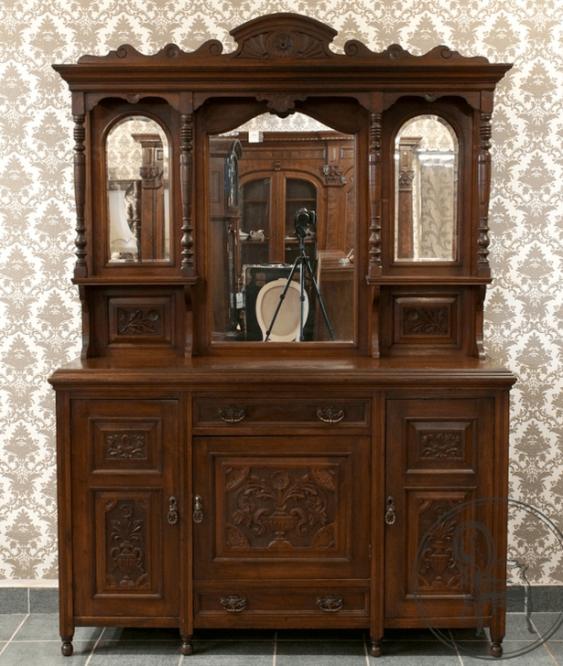 Vintage cupboard in the twentieth - photo 1
