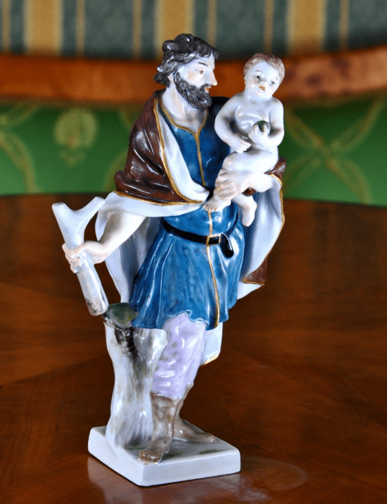 "The statue ""Saint Christopher"" Lot: 1E-037М description: Meissen, Germany, late XIX century porcelain, overglaze polychrome painting, gilding; height - 17.0 cm - photo 1"